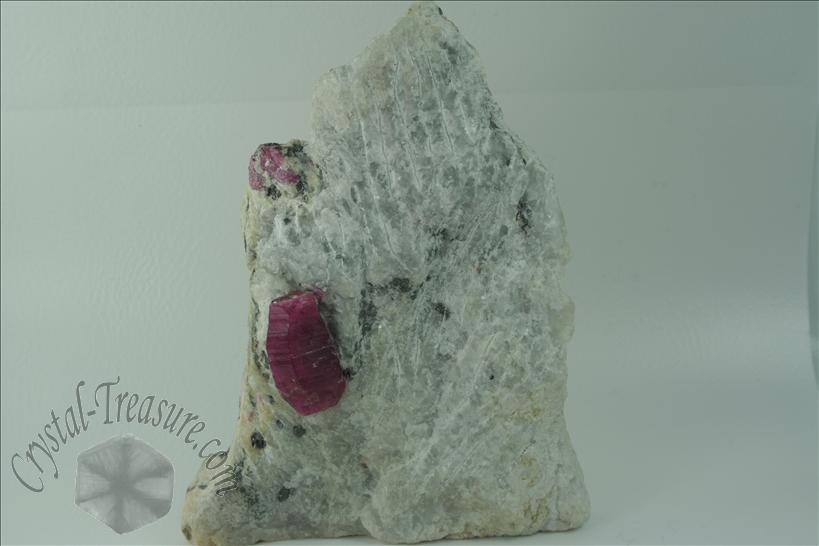 Cristal de rub en matriz de m rmol crystal for Marmol formula quimica